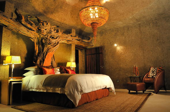 Sabi Earth Lodge is an eco friendly safari lodge.