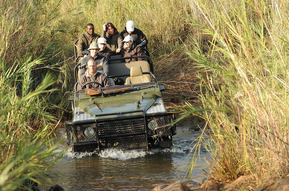 Kirkmans Kamp offers off-road game drives.