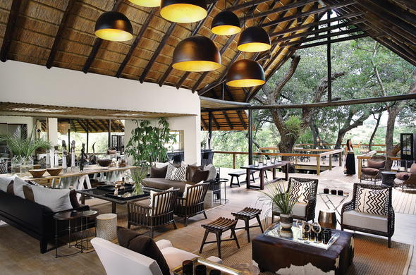 Guests can socialise at the stunning Londolozi Tree Camp guest area.