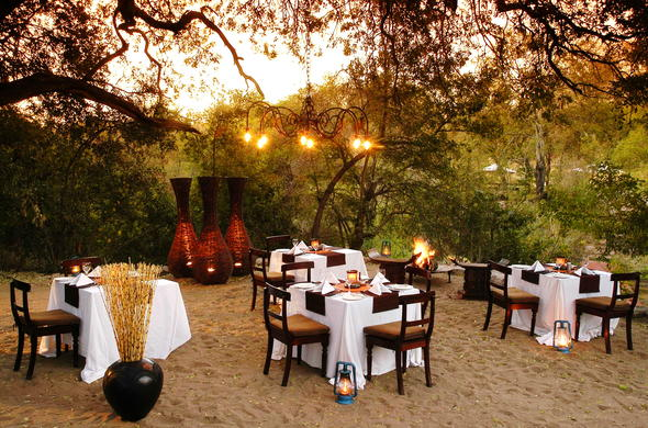 Dining area outside at Sabi Sabi Little Bush Camp.
