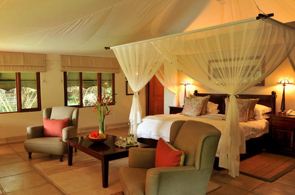 Canvas tented accommodation at Savanna Private Game Reserve.